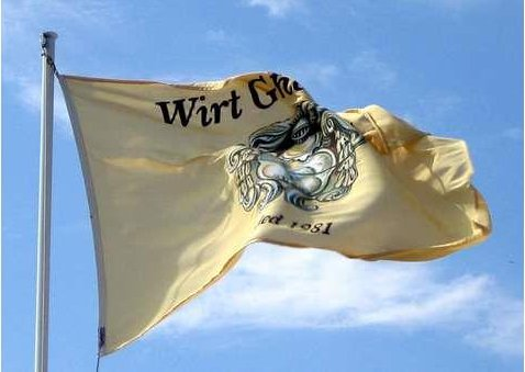 Wirt Għawdex Flag ruffled by a breeze
